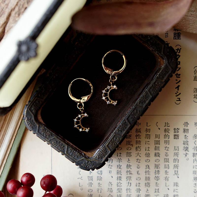 藏寶盒 – 月亮 – 耳環